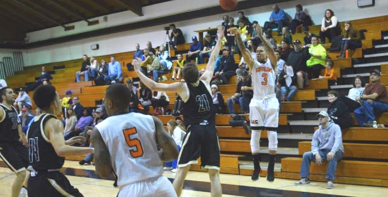 Photo for Cougars Drop Final Conference Game